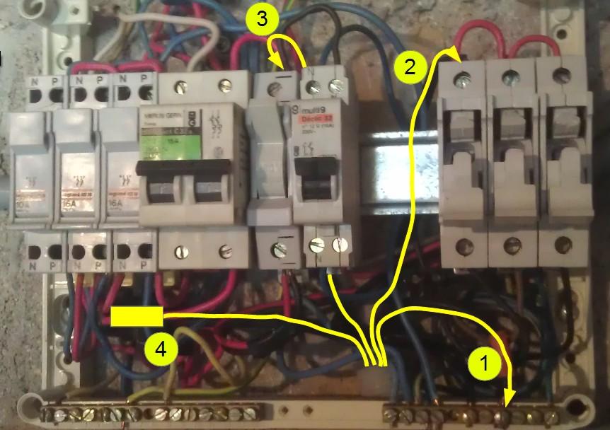 Mise jour d 39 un ancien tableau forum electricit for Comment fonctionne un disjoncteur