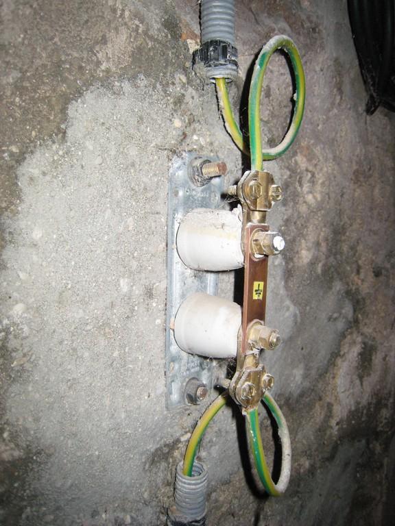 Mise la terre en sous sol cyberbricoleur for Piquet de prise de terre